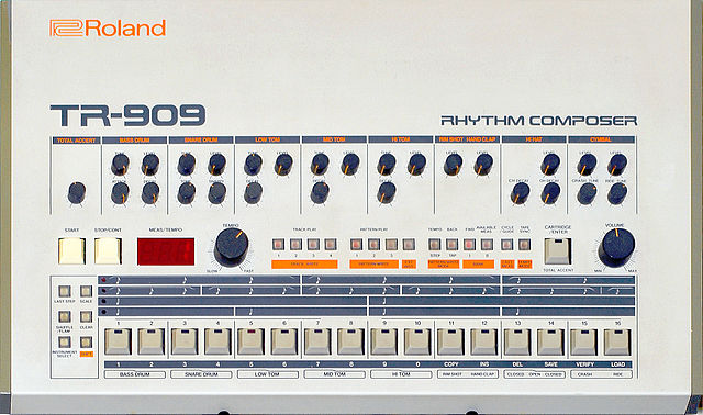 Program TR-909 drums on the Roland TR-909 drum machine